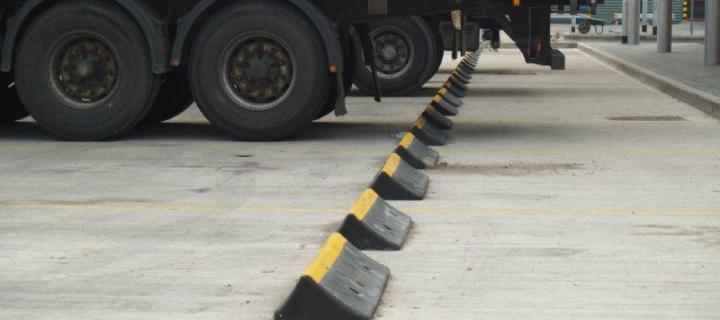 TruckStopHeader